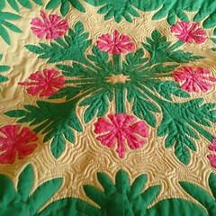 ハワイアン/手作り/ハワイアンキルト/キルト/手芸/ハンドメイド/... 昔、作ったハワイアンキルトの写真が出てき…
