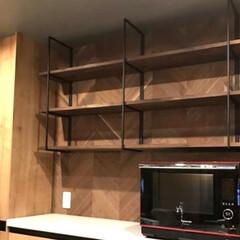 見せる収納/ハンドメイド/アイアン枠/アイアン家具/壁面収納/リノベーション/... アイアン枠の壁面収納棚です!  棚板は、…