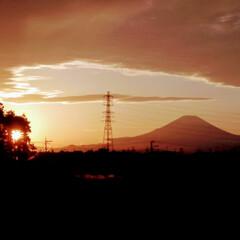 気持ちいい 秋の日/夕焼け風景/散歩 気持ちの良い気候・・散歩してたら 夕焼け…