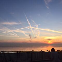 海岸/夕焼け/飛行機曇 飛行機曇ラッシュでした