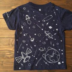 Tシャツ/こども服/こども/らくがき/おしゃれ/DIY こどもTシャツにらくがきをたまにしている…