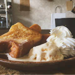 ハニー/ホイップ/チーズ/アイス/フレンチトースト/スイーツ/... 今日のフレンチトースト プレーン、ハニー…