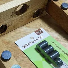100均一/磁石/余った木材/キッチン/キッチン雑貨/100均/... 余った木材と100均磁石で ペットボトル…(2枚目)