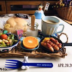 フォロー大歓迎/マーコット/ナチュラルキッチン/ベビーチーズ鉄分/パン/ファミマベーカリーふわもちフランス.../...         4/20(月) 朝食 フ…