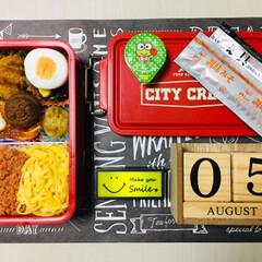 3coins/Meijiもっちりプチホットケーキ/サンリオフルーツゼリー/息子弁当/フォロー大歓迎/お弁当/...              8/5(月) …(1枚目)