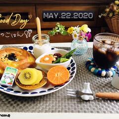 フォロー大歓迎/ゴールドキウイ/Q.B.Bベビーチーズ モッツァレラ/マーコット/フジパンもちっと宮崎紅/パン/...         5/22(金) 朝食  …