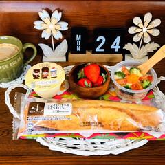 ネスカフェ エクセラ ふわラテ キャラメル 20P×2箱(インスタントコーヒー)を使ったクチコミ「       2/24(月) 朝食  L…」