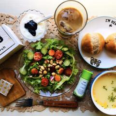 kiri キリ クリームチーズ 6ピース 108g(チーズ)を使ったクチコミ「        3/18(月) 朝食  …」(1枚目)