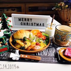 至福の時間/クリスマスツリー/クリスマス雑貨/シャンブル/ハンプティーダンプティー/パン/...         12/14(土) 朝食 …