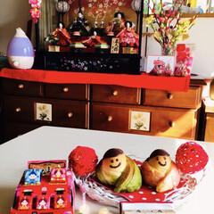チロルチョコ/ひな祭り/フォロー大歓迎    抹茶の着物のお内裏様  🍓 苺の着…