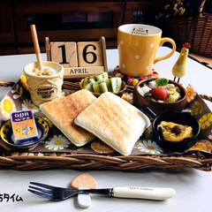 3coins/フォロー大歓迎/ナチュラルキッチン/シルク/至福の時間/おうちタイム/...         4/16(木) 朝食  …