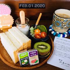 ネスカフェ エクセラ ふわラテ キャラメル 20P×2箱(インスタントコーヒー)を使ったクチコミ「        2/2(日) 朝食  お…」