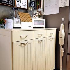 TOFFY ホームブレンダ― K-BD1-SP シェルピンク KBD1SP | 山善(ジューサー、ミキサー、フードプロセッサー)を使ったクチコミ「       掃除機収納  我家では冷蔵…」