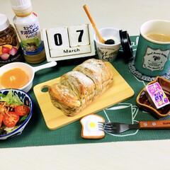 キューピー すりおろしオニオンドレッシング 1000ml(ドレッシング)を使ったクチコミ「      3/7(木)  朝食   ヤ…」