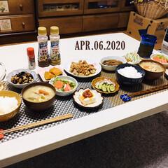 日清オイリオグループ ドレッシングダイエット まろやかごま風味 185ml(ドレッシング)を使ったクチコミ「        4/6(月) 夕食 ごは…」