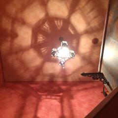 セルフDIY/天井リフォーム/輸入壁紙/セルフペイント/国産壁紙/モロッコ照明/... 我が家の天井をご紹介します。  *ここは…