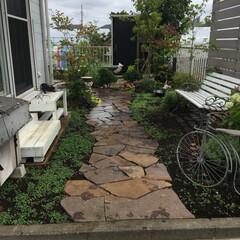 石畳/レンガ敷き/庭仕事/お庭のリフォーム/ナチュラルガーデン/至福のひととき/... 久しぶりの庭仕事 余っていたレンガをベン…