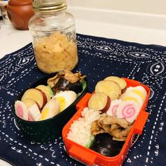生姜/レモン/サツマイモ/豚バラ/茄子/ゆで卵/... 今日のお弁当 & ガリ作りました。  昨…