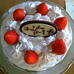 LIMIAごはんクラブ/ショートケーキ/バースデーケーキ/ケーキ/グルメ/スイーツ/... 夫のバースデーでした。スポンジケーキとク…