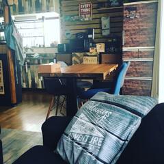 ラブリコ棚/100均DIY/カラーボックス/引き戸リメイク/平成最後の一枚/DIY/... リビングからのキッチン!いつもの場所