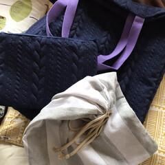 巾着袋/ポーチ/トートバッグ/手芸/100均/ダイソー/... トートバッグ、ポーチ、巾着袋を手縫い♪ …