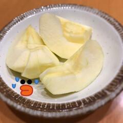アプリ/ラインカメラ/残念/いただき物/箱/りんご いただき物のりんご☆  残念なことに残念…