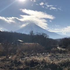 富士山/忍野/あけおめ/フォロー大歓迎/冬/ペット仲間募集/... 雲がかった富士山も素敵です🗻