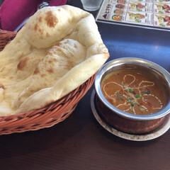 ご飯/ナン/ランチ/カレー/インド/フォロー大歓迎/... 今日のお昼はインドカレー🍛 ナンがお代…