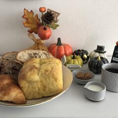 パン/ランチ/食欲の秋/スイーツ/グルメ/フード/... 今日のランチ🍽は昨日、高島屋で買ったパン…