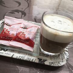 コーヒー/カフェ/お茶/おやつ/100均/スイーツ/... 10時のおやつは先日、横浜で買った ハー…