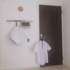 シンプル/ドア/IKEA/すっきり暮らす/日常/sarasadesign/... 我が家の日常の風景。 洗濯したワイシャツ…