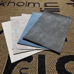 襖貼り替え/壁紙貼り替え/コンクリート風/壁紙屋本舗/壁紙/インテリア 壁紙屋本舗さんで注文した 壁紙サンプルが…