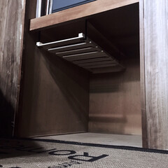 押し入れスペース/吊り下げ収納/コーナンのスノコ/スノコ/押し入れ掃除/整理整頓/... 中の物を全部出して押し入れ掃除‼️ 衣装…