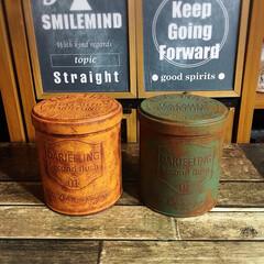 セリアの缶/サビ塗装/サビ加工/汚し塗装/セリア/缶/... セリアの紅茶缶です! 色んな色をお試し中🤗