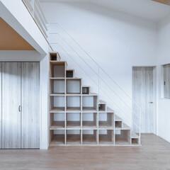 LIXIL/リクシル/階段/ロフト/ロフトのある家/ロフトのある暮らし/... ♪収納の施工事例♪⠀ ロフトへ続く階段の…