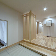 LIXIL/リクシル/大きな窓/窓/和風玄関/玄関/... ♪玄関スペースの施工事例♪ 坪庭、桧の格…