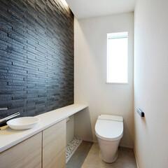 LIXIL/リクシル/INAX/イナックス/タイル/タイル張り/... ♪トイレの施工事例♪⠀ 明るくスタイリッ…
