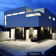 LIXIL/リクシル/家の外観/外観/外観デザイン/外観写真/... ♪外壁の施工事例♪ 駐車場スペースを優し…