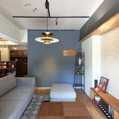 LIXIL/リクシル/リクシルエコカラット/エコカラット/タイル張り/室内タイル/... ♪リビングの施工事例♪⠀ 右の壁にはエコ…