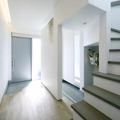 LIXIL/LIXILの玄関/リクシル/リクシル引戸/玄関引戸/玄関引き戸/... ♪玄関スペースの施工事例♪⠀ 玄関はシン…