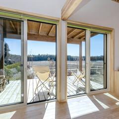 LIXIL/LIXILの窓/リクシル/大きな窓/大きな開口部/大きな開口/... ♪ウッドデッキの施工事例♪⠀ 里山ならで…