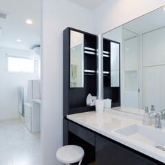 LIXIL/リクシル/ルミシス/洗面/洗面台リフォーム/洗面所リフォーム/... ♪洗面化粧室の施工事例♪⠀ 白と黒で構成…