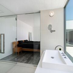 LIXIL/LIXILの窓/リクシル/サッシ/窓/大きな窓/... ♪窓の施工事例♪⠀ 浴室と洗面化粧室が一…