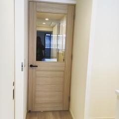 扉/玄関/ドア/インテリア/家具/住まい/... わたしのお気に入りの扉です! 玄関入って…