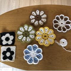 編み物/毛糸/手作り/ハンドメイド/DIY/雑貨/... ハンドメイドでコースター作って並べてみま…