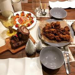 晩ご飯/生ハムサラダ/おうちごはん/クリスマスパーティー/クリスマスインテリア/食事情/... クリスマスパーティのときのご飯続きです🎅…