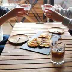 アカシア ラウンドプレート 100372103(皿)を使ったクチコミ「今日のおやつは息子と米粉でりんごのパンケ…」