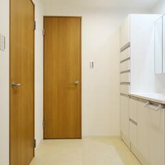 洗面室/システム収納/トール型収納 洗面室はトール型のシステム収納も取り付け…