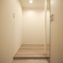 玄関/L字玄関/玄関収納/シンプルな玄関 部屋が見えないL字タイプ。シューズボック…