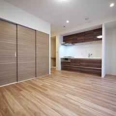 洋室の引き戸/フレキシブルな間取り/LDK 洋室の扉の位置をリビング側に変更。引き戸…